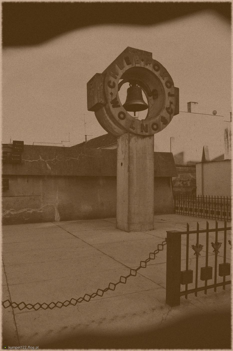 Pomnik 13 straconych