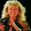 Kylie Minogue - Locomotio<br />n :: Poruszaj się poruszaj się<br />...  Wszyscy wymyślają te<br />raz nowe tańce (Dalej koc<br />hanie poruszaj się)